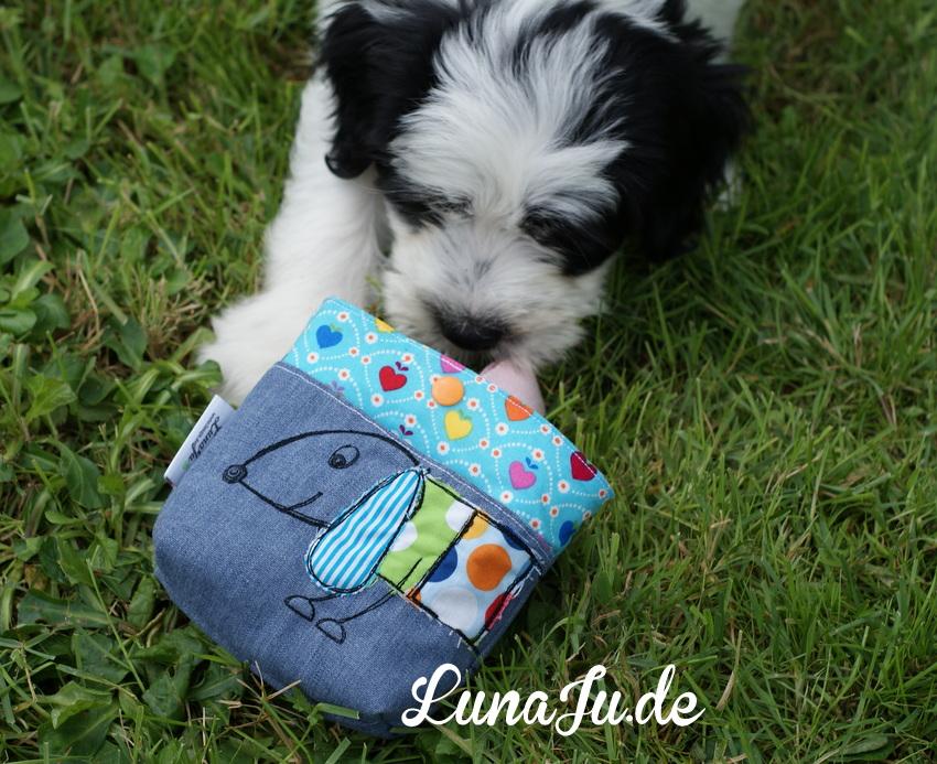 Foto der fertiggenähtes Leckerli Tasche von LunaJu