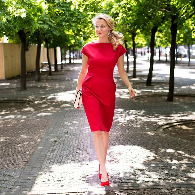 Schnittmuster tailliertes Shift-Kleid von sisterMAG