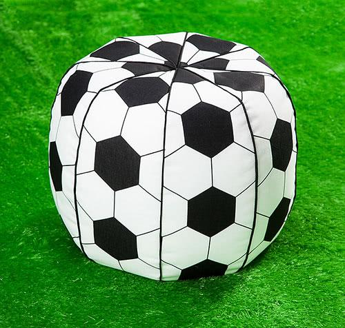 Schnittmuster Fußball Sitzkissen von Buttinette