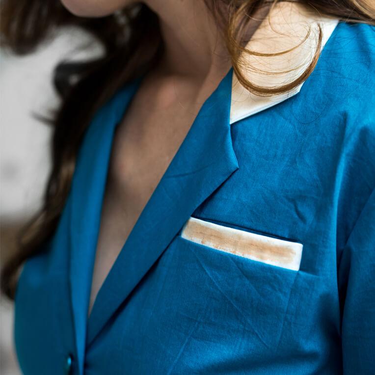 Kostenloses Schnittmuster für blaue Bluse von sisterMAG