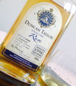 Duncan Taylor Rum Guyana Uitvlugt review by the fat rum pirate