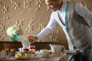 High_resolution_300dpi-Jumeirah Al Qasr - Presidential Suite - Breakfast