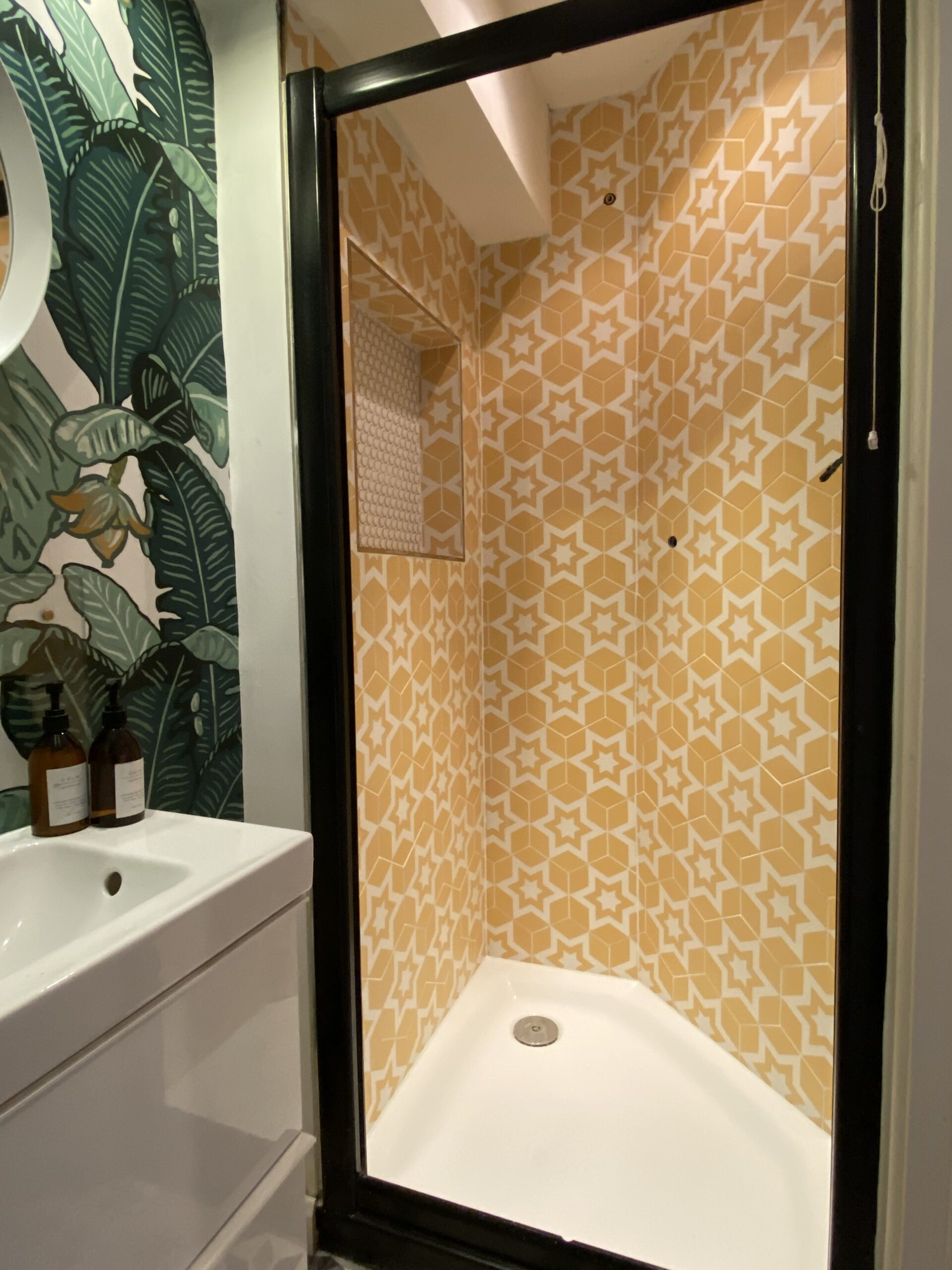 Transformative Tiling Bathroom 4