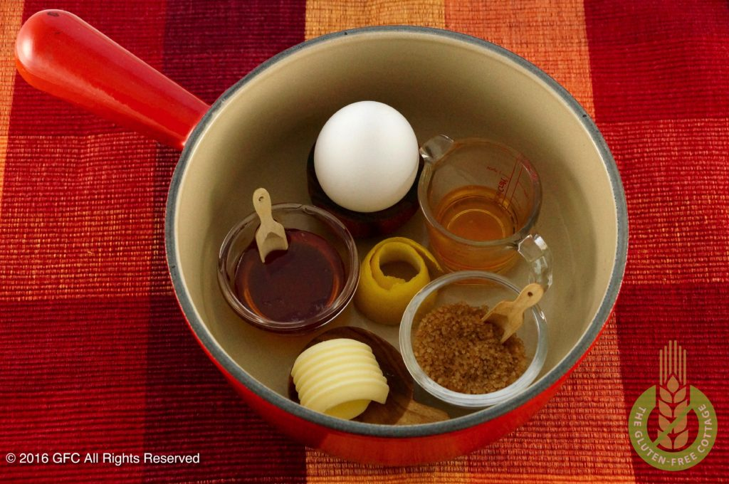 Honey-mixture (gluten-free gingerbread cookies).