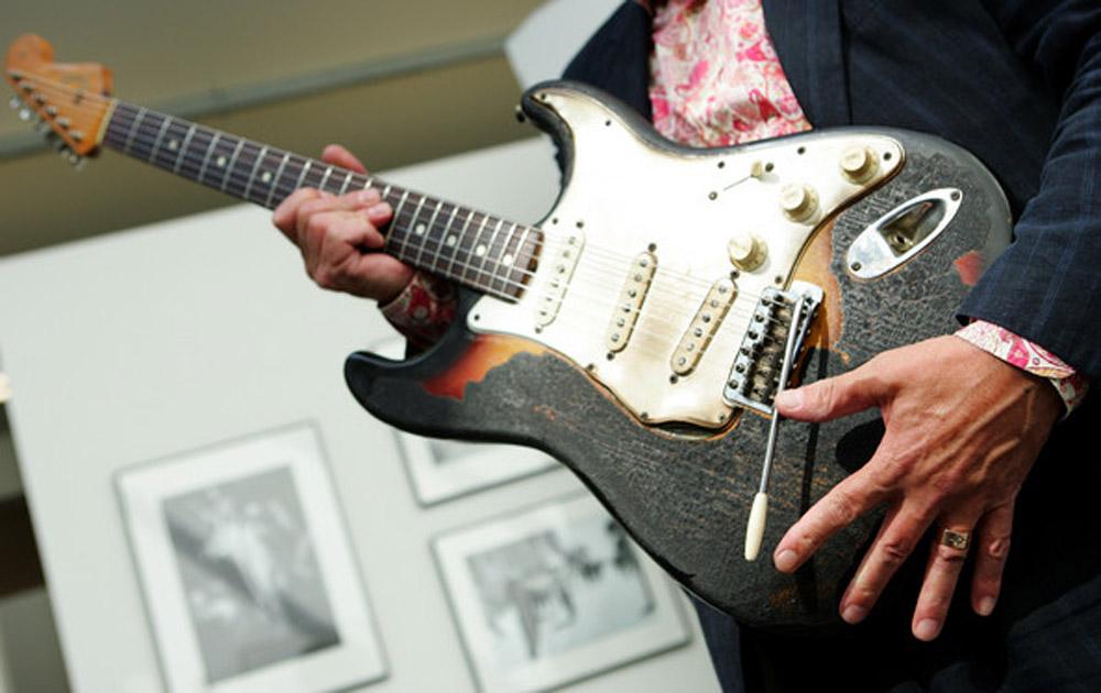 Jimi Hendrix burned 1965 Fender Stratocaster played at Finsbury Astoria