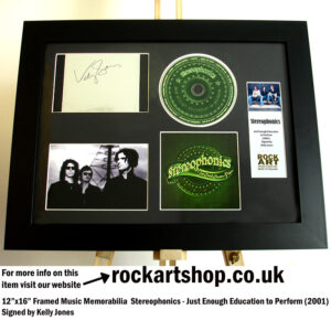 STEREOPHONICS PERFORMANCE AND COCKTAILS SIGNED BY KELLY JONES