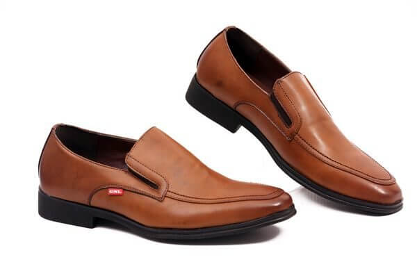 brown-shoes