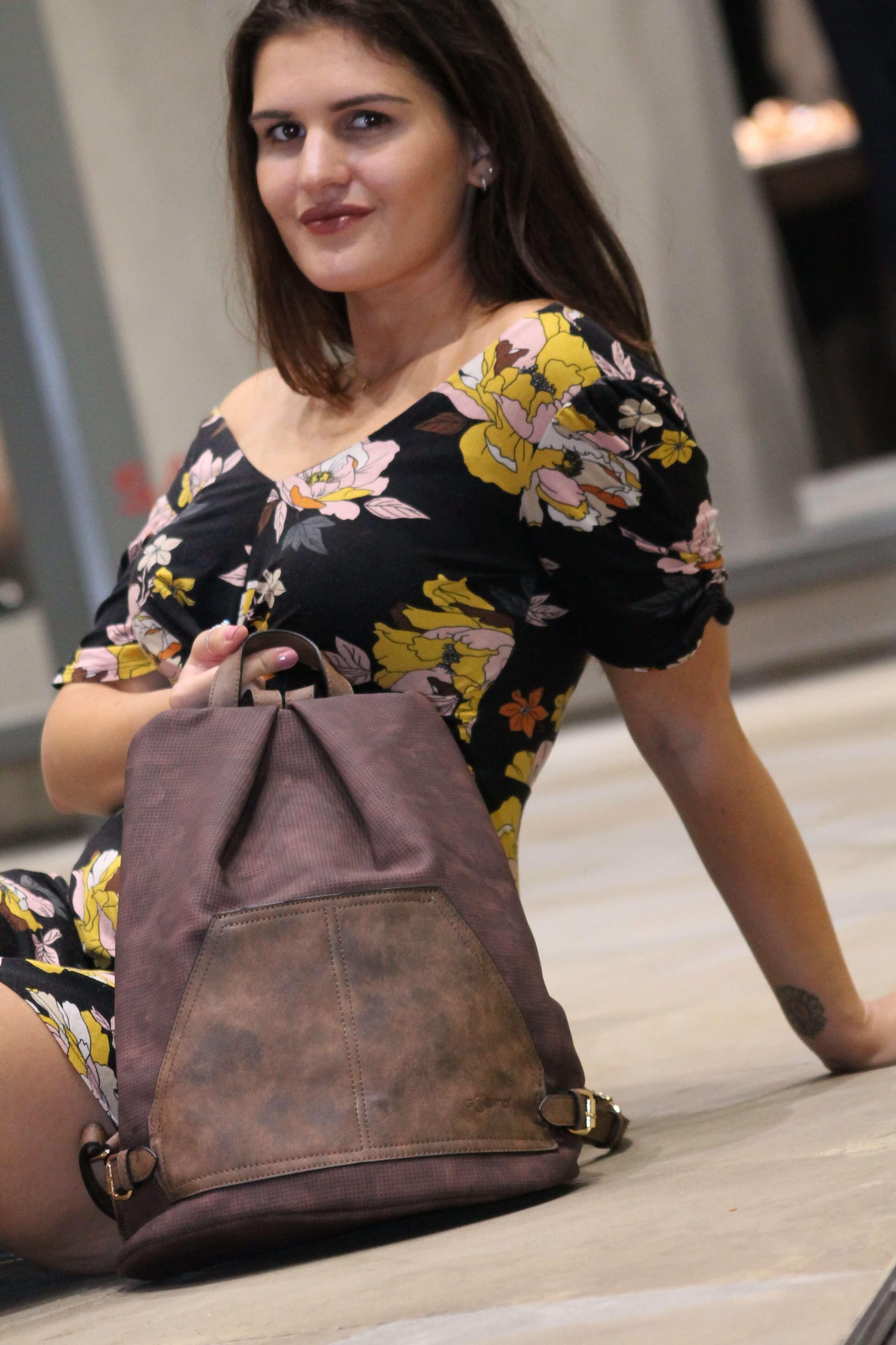 UK VEGAN BACK PACK CO -LIFESTYLE INTERNATIONAL LIMITED, www.lifestyleint.co.uk, .JPG