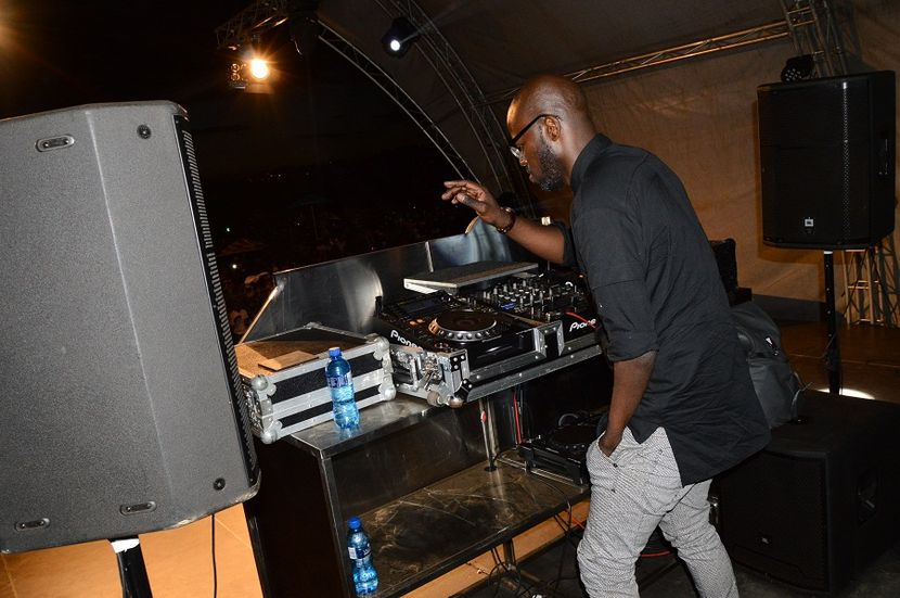 Photo of Watch Black Coffee's Performance In Belgium In A Tomorrowland Festival