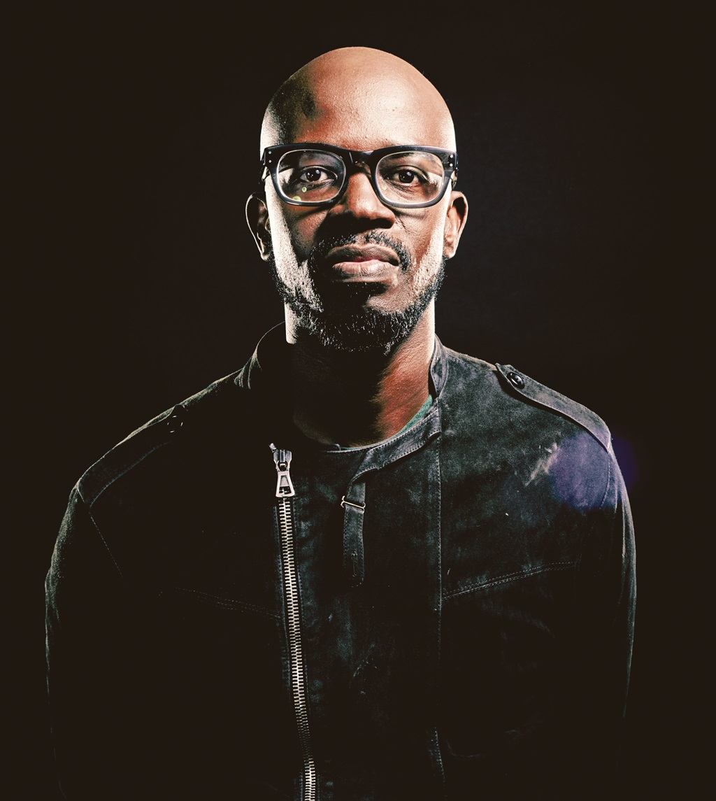 Photo of Black Coffee Urges Fans To Vote For Him For The DJ Awards 2017