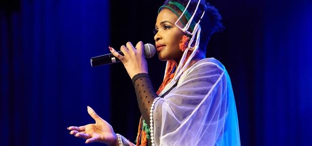 Photo of WATCH : Simphiwe Dana Perfoming 'Inkwenkwezi' Live from Her New Album