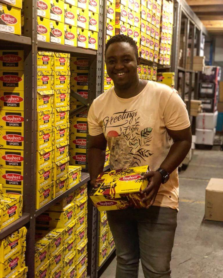 Photo of DJ Shimza Donates 1 500 School Shoes To Underprivileged Children