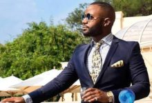 Photo of Here's Why Coldplay's Frontman Chris Martin Paid  Cassper Nyovest A Visit On His Home