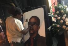 Photo of Rasta Is Adamant On Painting Oliver Mtukudzi Despite The Social Media's Outcry
