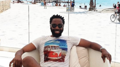 Photo of DJ Sbu Helps A Graduate To Raise Funds For Her Outstanding Fees