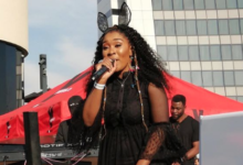 """Photo of Watch! Lady Zamar Is Set To Perform For The """"Underground Ultimate Experience"""" At The Durban July"""