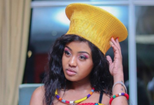 "Photo of Watch! Babes Wodumo Promoting Her Latest Single ""Otshwaleni"""