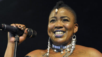 Photo of Thandiswa Mazwai Advocates Solutions For The Homeless Amid National Lockdown