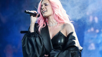 Photo of Halsey's First-Ever Live Album 'Badlands (Live from Webster Hall)' Out Now!