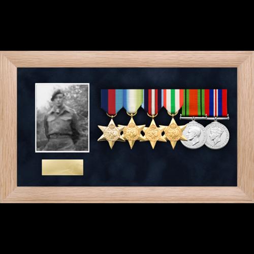 Foto medaglia display frame per un massimo di 6 medaglie-6