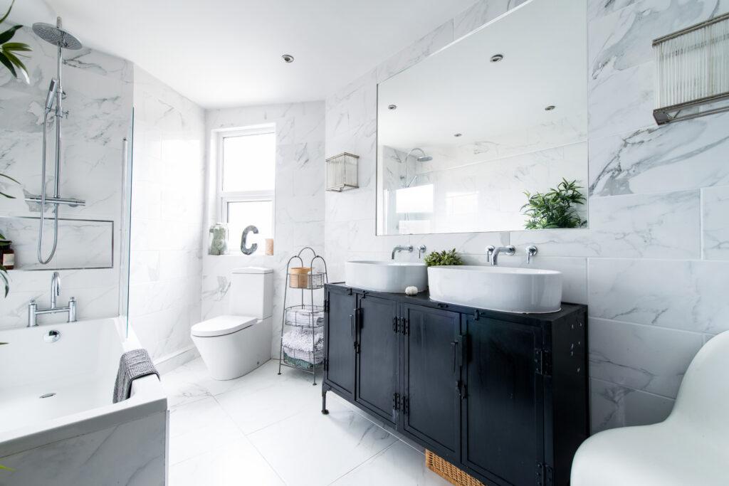 Bathroom,Property - Chelsea & South Kensington