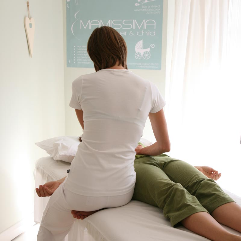 shiatsu table treatment