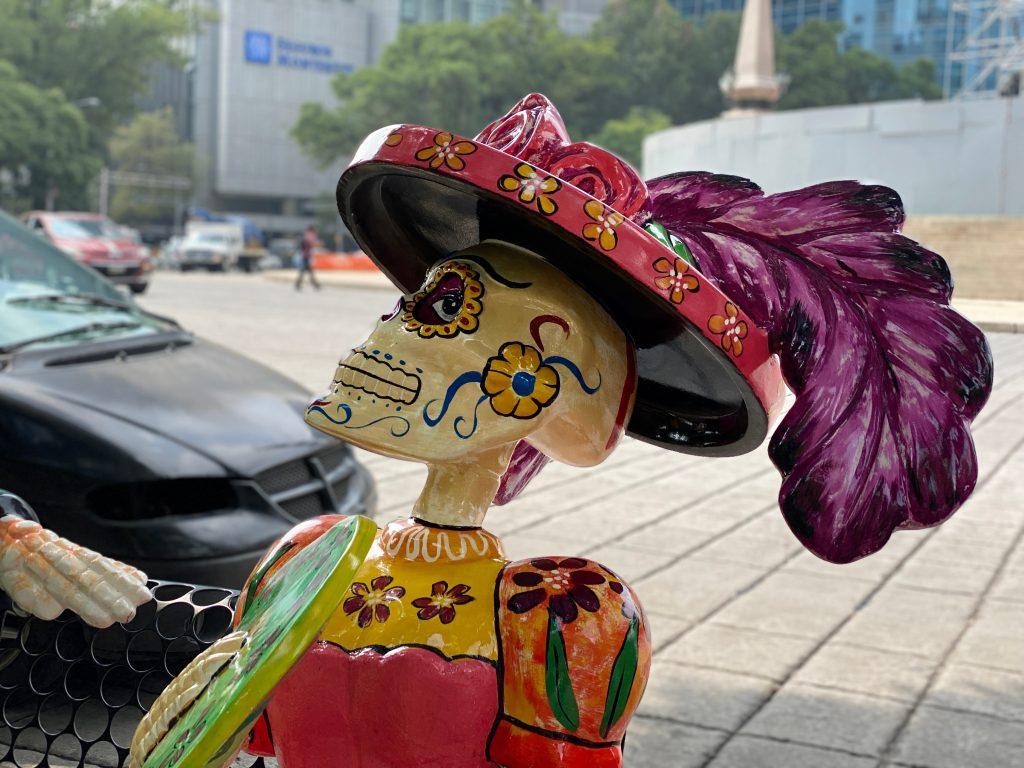 Calaca en el Paseo de la Reforma