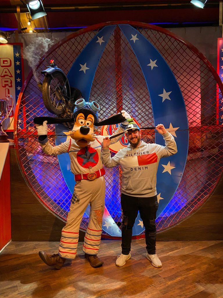 Josh y Goofy