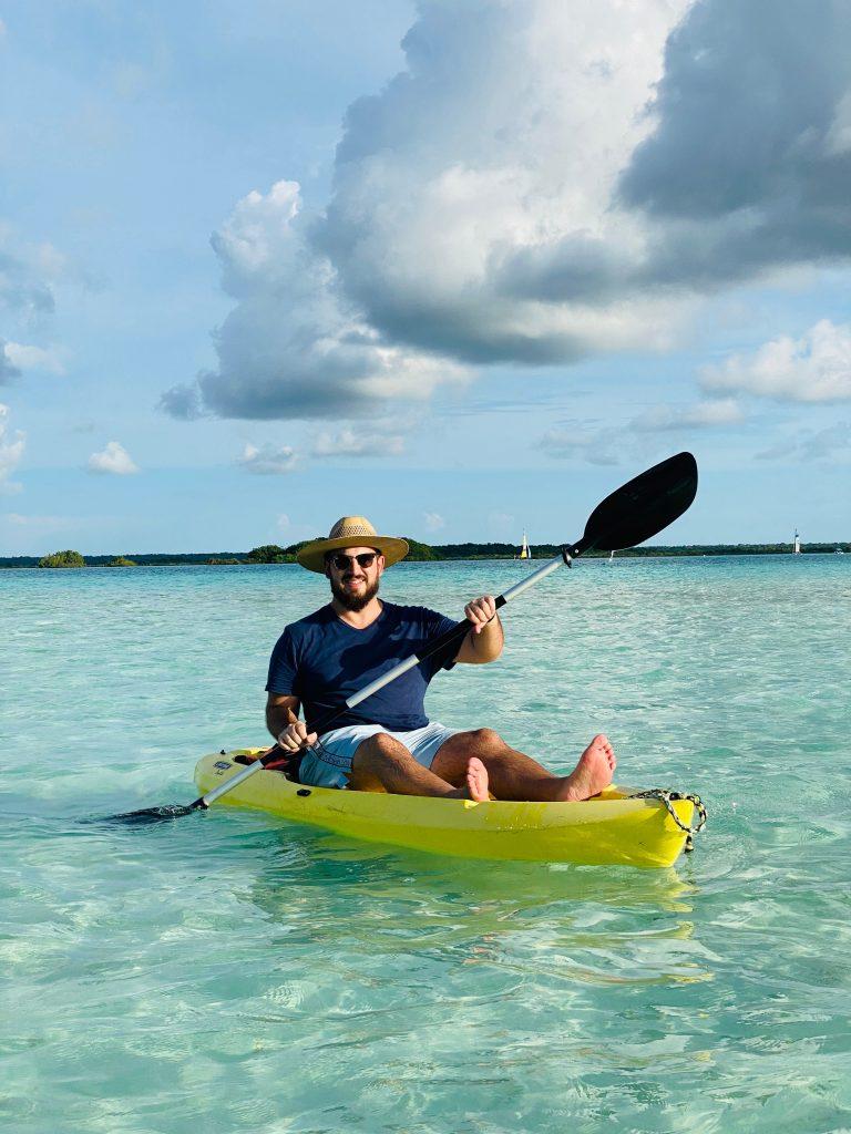 Kayak Hotel Aluxe Bacalar