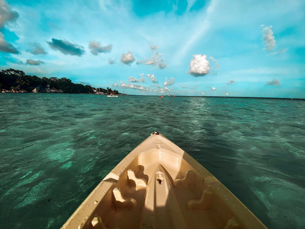 Balneario Cocolitos kayak