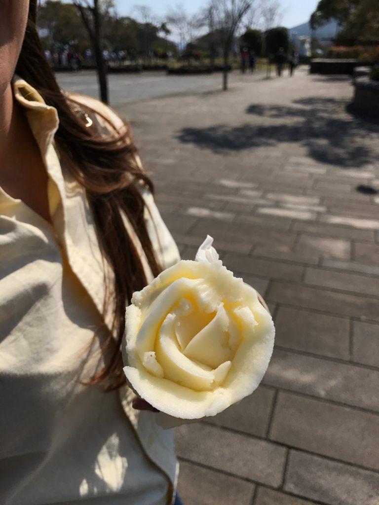 Helado en Estatua de la Paz