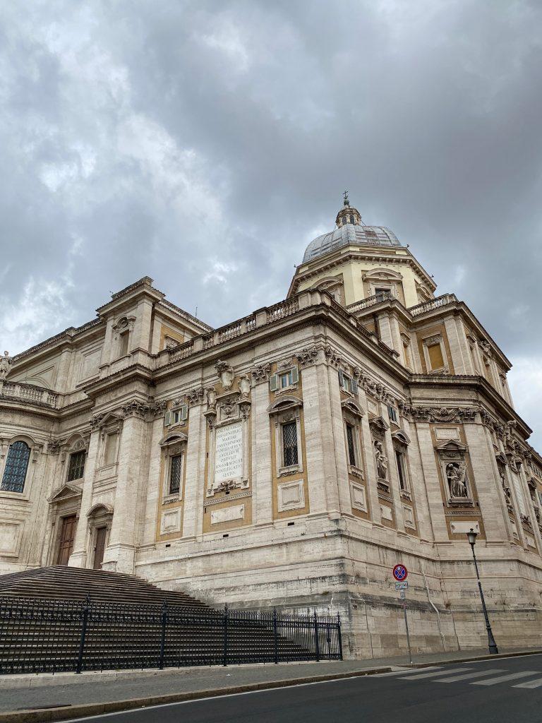 Parte delantera Basílica de Santa Maria Maggiore