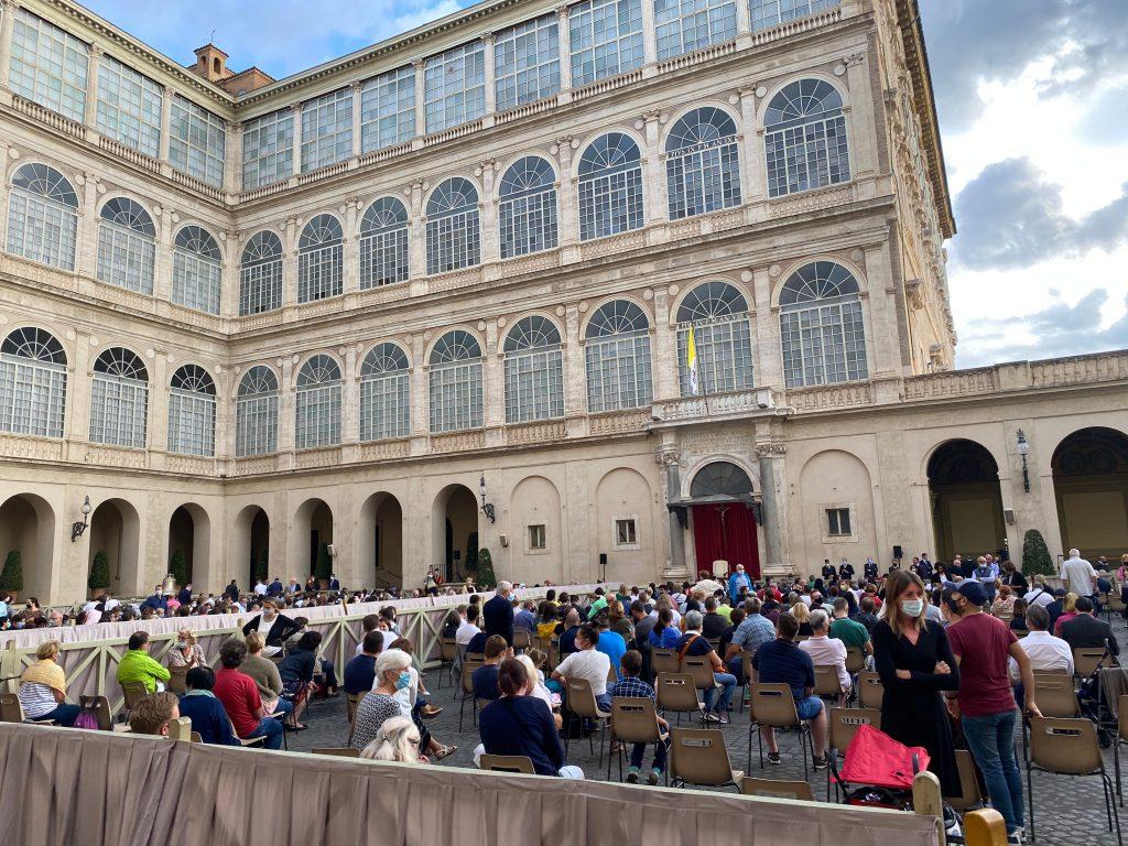 Plaza interior audiencia
