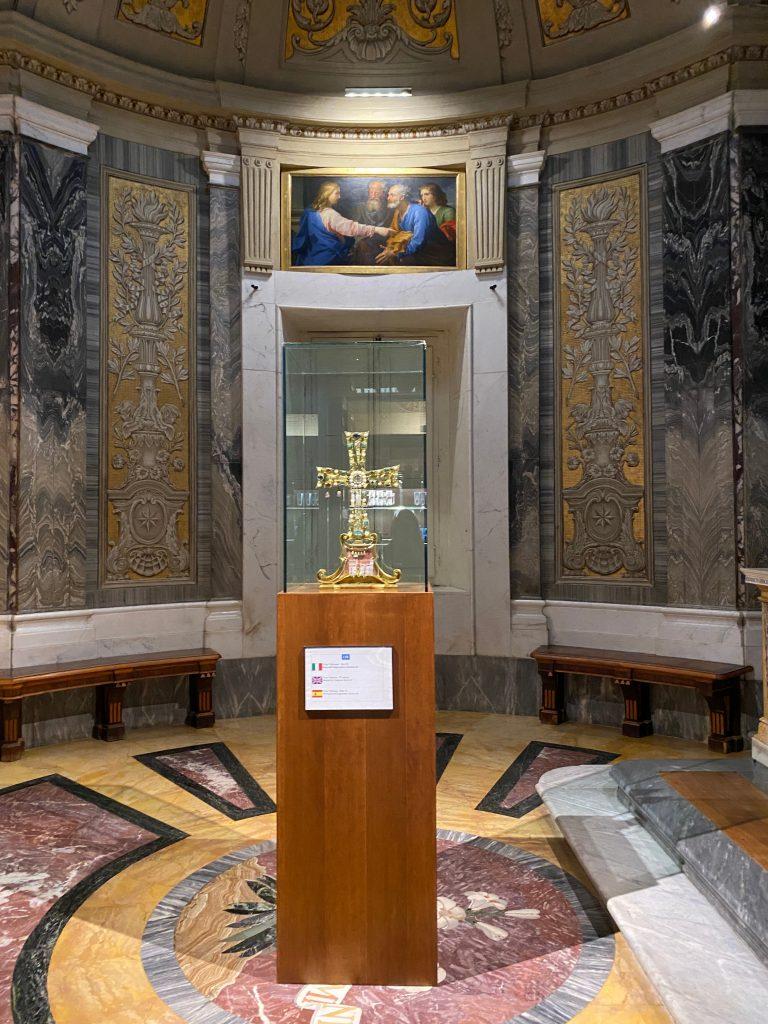 Cruz del Vaticano