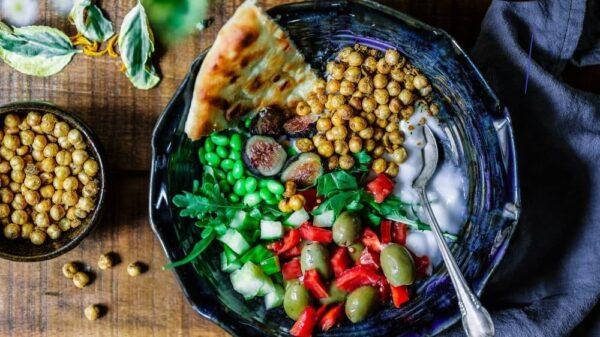 Bowl of veg for veganuary