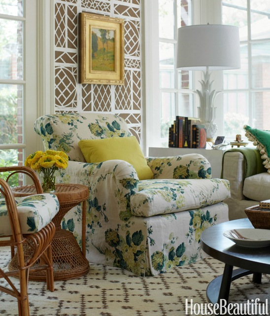 Tom Scheerer, chair upholstered in Dahlia, by Clerence House. Lyford Trellis wallpaper