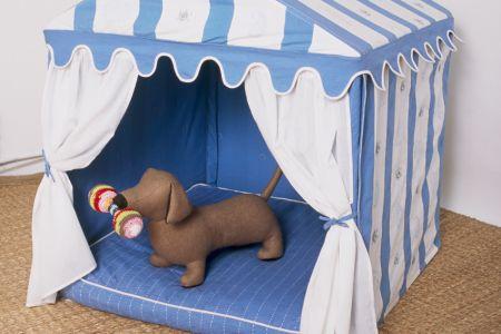 RAJ Tent Club, Dog Tent