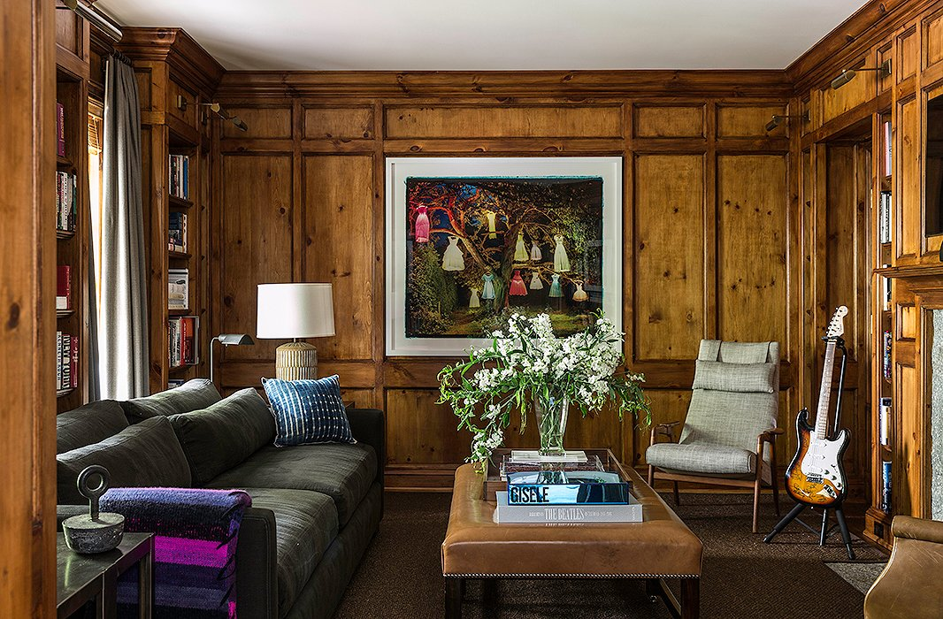 With the help of interior designer Mark Cunningham, Brett Heyman (founder of accessories brand Eddie Parker) created this beautiful weekend home in Connecticut.