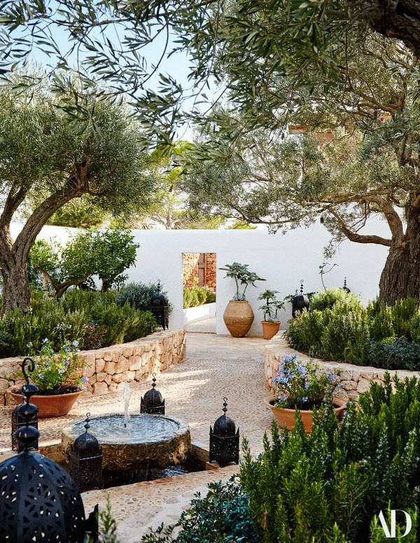 Daniel Romualdez's Ibiza Getaway