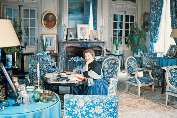 Louise de Vilmorin in her Salon Bleu in Château de Vilmorin at Verrières -le-Buisson, where te fabric got its name.