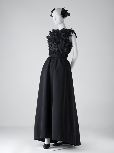 The Rachel L. Mellon Collection Exhibition at Cristobal Balenciaga Museoa -