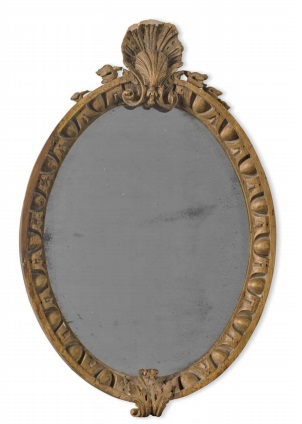 Scallop shell crested oval frame. In the manner of William Kent. 18th century