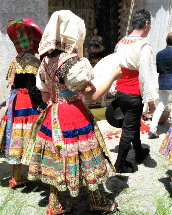 Corpus Christi in Lagartera. Popular Costume