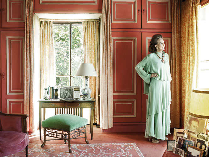 Countess of Romanones in her Madrid residence