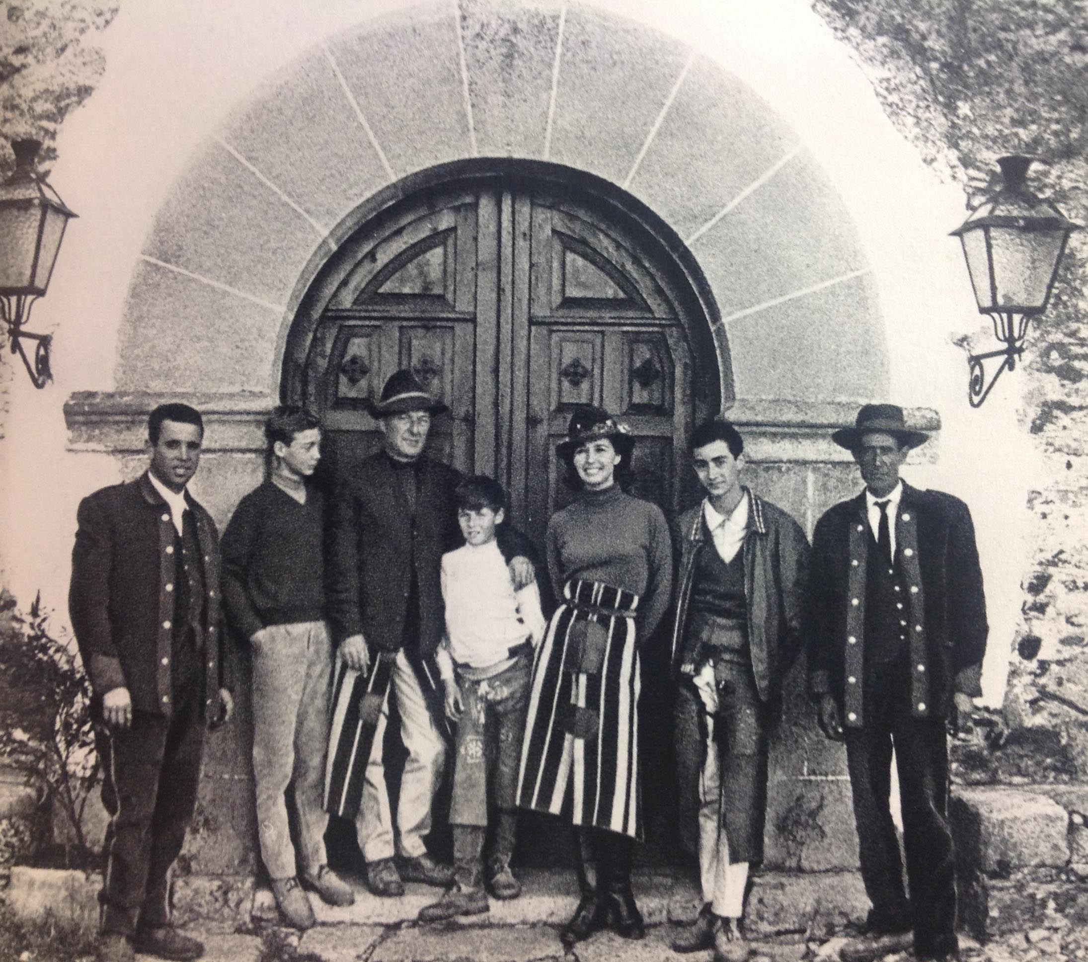 Finca Pascualete. Countess of Romanones with her family at their country home in Extremadura