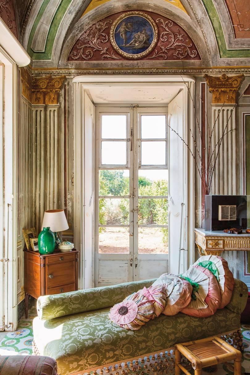 Villa Valguarnera, a stunning Villa in Sicily, available to rent