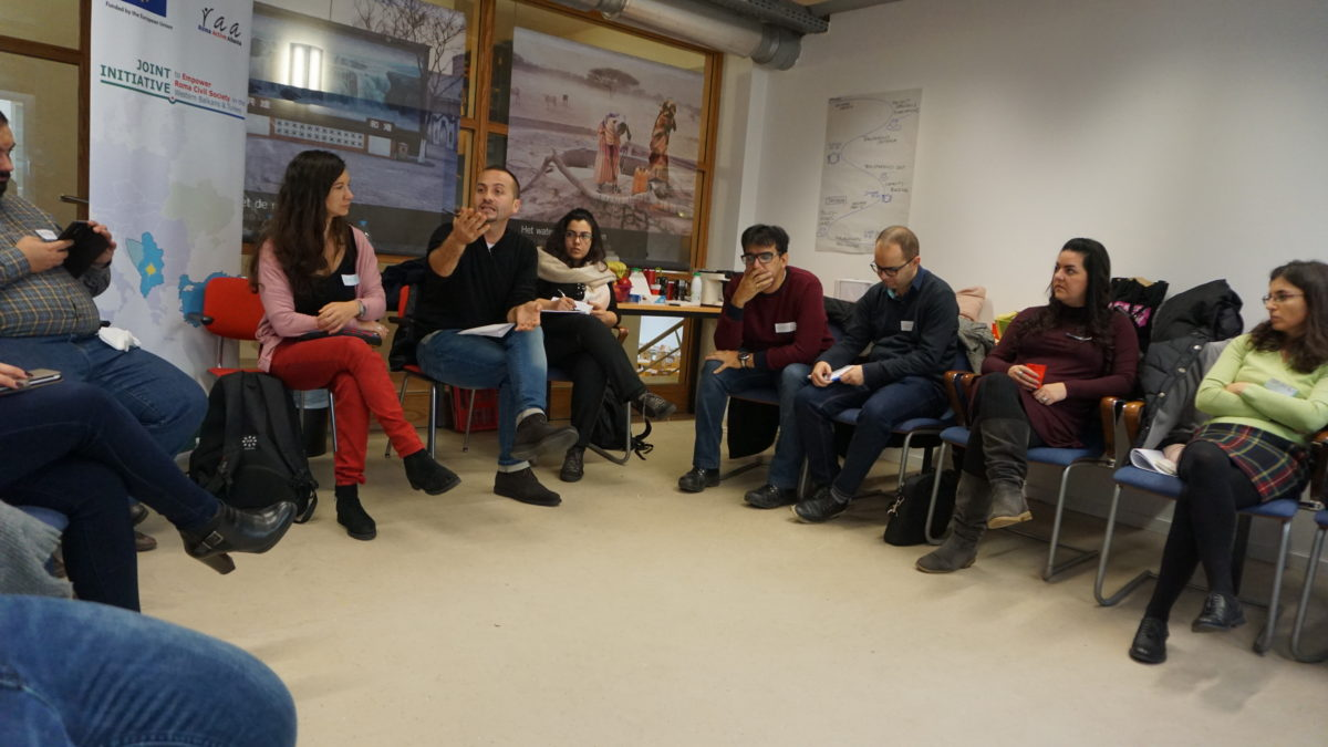 Strengthening Roma civil society as independent and transparent watchdog organisations