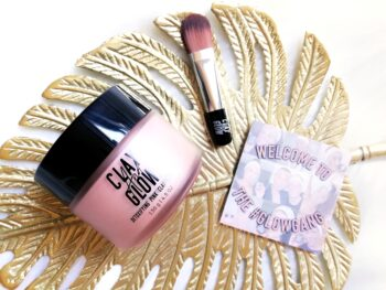 clay and glow masker