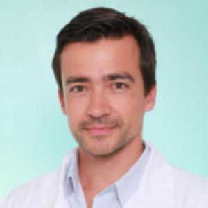 Dr Daniel Mendes