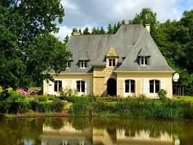 Brittany, Property for sale in #France, houses for sale in France; Holiday home in France, retire in France, Property for sale in France, Gites in France, stone barn for sale in France, restore old barn in France, retire in france dream, cheap property for sale in France